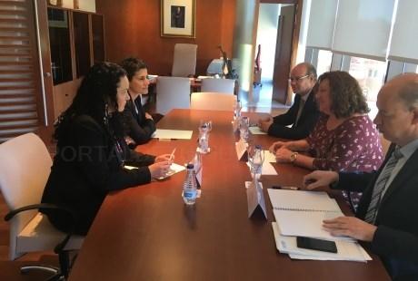 El Ejecutivo valenciano comprueba en Teruel el funcionamiento del sistema de gestión procesal Avantius-Aragón