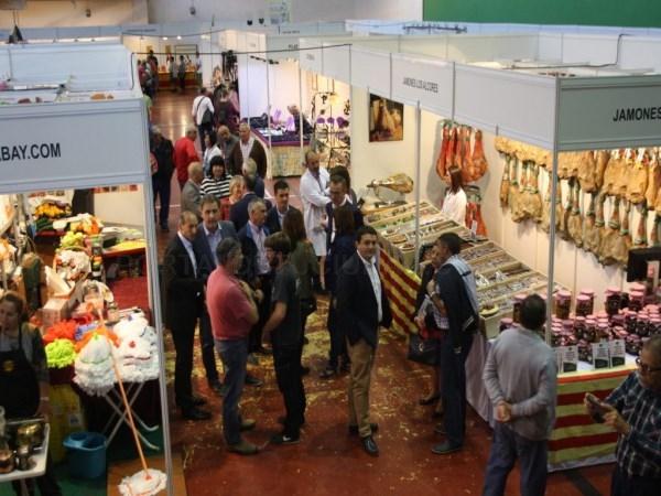 Éxito de ventas y visitantes en la Feria Comercial y de Servicios Alcorisa Muestra