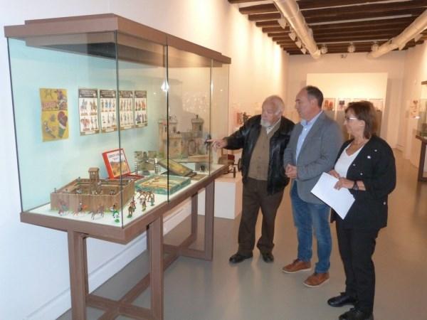 """La exposición """"de muñecas, mecanos y juegos reunidos. 20 aniversario del Museo de Juguetes de Albarracín"""" amplía su estancia en el Museo de Teruel"""