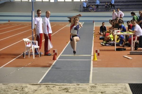 I. Pérez, Subcampeona de Aragón en Triple Salto y mínima para el Campeonato de España