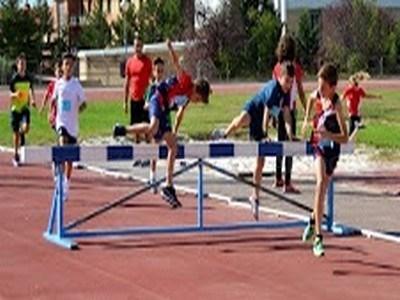 Animafis-Atlética Turolense celebró una nueva edición del  día del Atletmismo en Pista