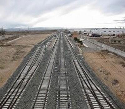 Adif acepta la demanda de construir otro apartadero de 750 metros en Cella