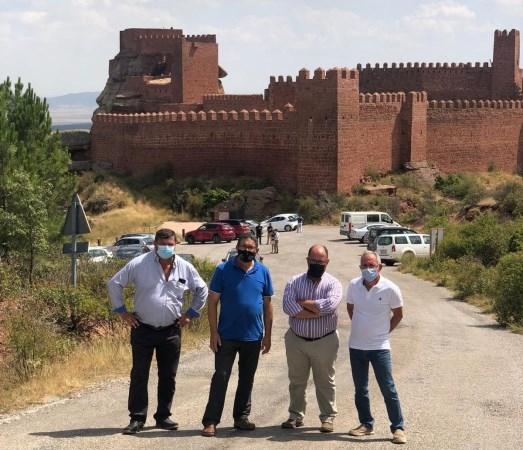 La DPT avanza en la mejora de los accesos a Peracense y su castillo con las obras en la vía desde Rodenas