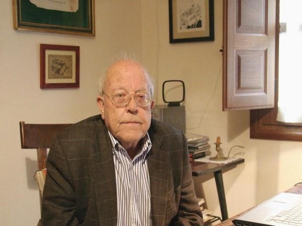 """La revista """"Turia"""" presenta su homenaje a José Jiménez Lozano en Valladolid"""