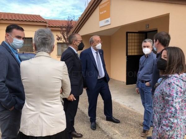 Manuel Rando destaca la necesidad de reforzar la escuela rural para el futuro de la provincia