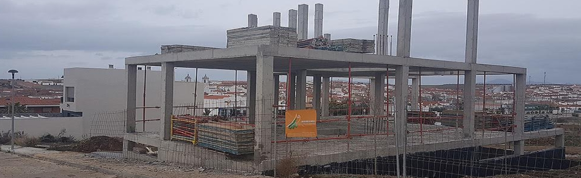 Estructuras Maxant, Constructoras