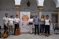 La fiesta de bienvenida del Contempopránea abre en Alburquerque la edición más 'planetaria' del festival Indie.