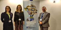 Extremadura transmite su preocupación sobre los alojamientos ilegales a la Comisión Europea.