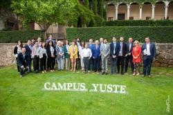 Marcelino Oreja reclama en Yuste una Europa más unida y fiel a sus principios y valores.