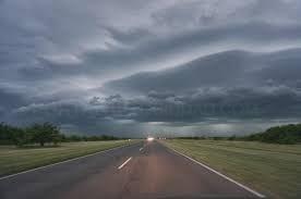 El Centro de Atención de Urgencias y Emergencias 112 Extremadura amplía la alerta amarilla por tormentas hasta las 00:00 horas del 24 de abril.