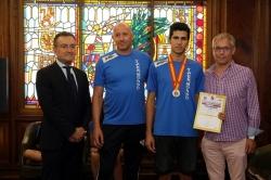 Salguero y López Benito reciben al campeón de España de taekwondo Pablo Rodríguez