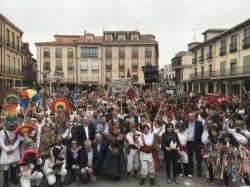 La AECT León- Bragança celebra en Astorga un desfile cuyos protagonistas son los carnavales tradicionales de ambos territorios