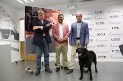 El Palacio de Exposiciones acoge a 580 perros de 120 razas de la XXI Exposición Internacional Canina de León