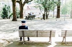 Casi la cuarta parte de los habitantes de Castilla y León son mayores de 65 años