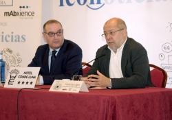 """Igea afirma que el objetivo de la Junta es """"que la asistencia sociosanitaria que se preste cada día sea de mayor calidad"""""""