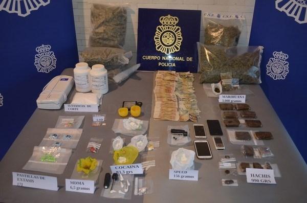 Detenidas cuatro personas en Ponferrada por tráfico de drogas y desactivado un punto de venta