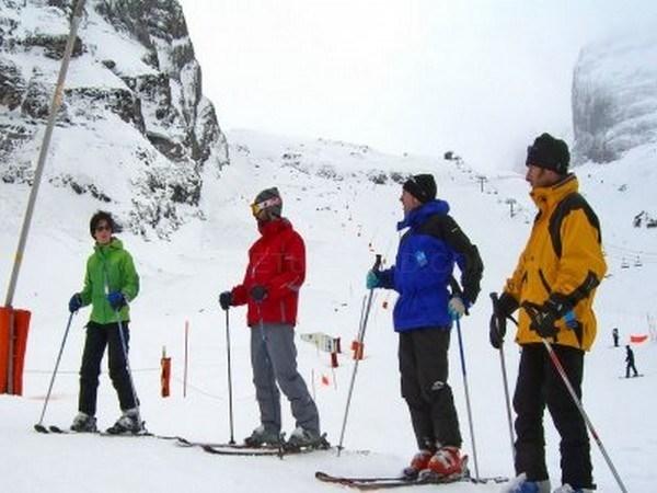 La Diputación de León aprueba las bases para el programa juvenil de actividades de nieve `Deslízate 2017´
