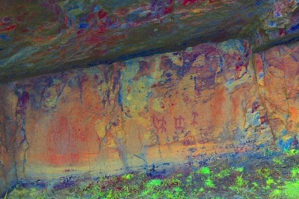 El uso de nuevas tecnologías y una nueva metodología descubre nuevas pinturas rupestres en Castrocontrigo