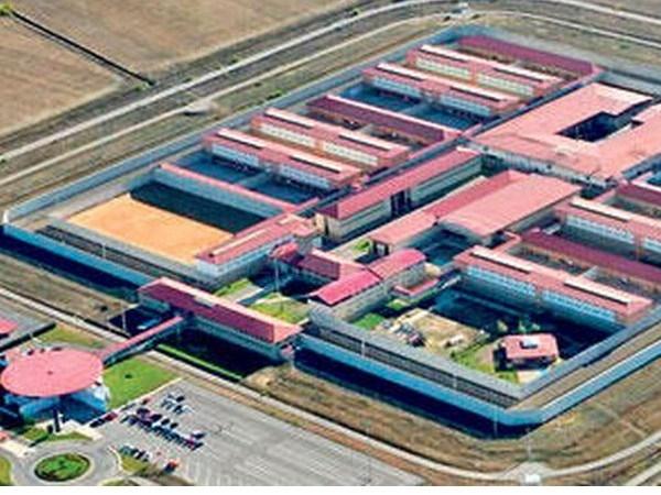 Una experiencia piloto en la cárcel de Mansilla permite a los internos elegir compañero de celda según afectos y preferencias sexuales