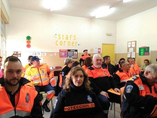 PROTECCIóN CIVIL DE LEóN FORMA A 25 VOLUNTARIOS EN LA BúSQUEDA DE PERSONAS DESAPARECIDAS