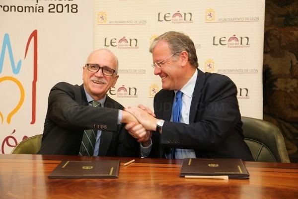 El Ayuntamiento y la Casa de León en Madrid renuevan el convenio de colaboración para la promoción de León  en la capital