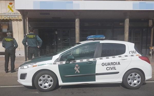 Detenidas dos personas e investigada otra por un robo cometido en el supermercado de Sésamo