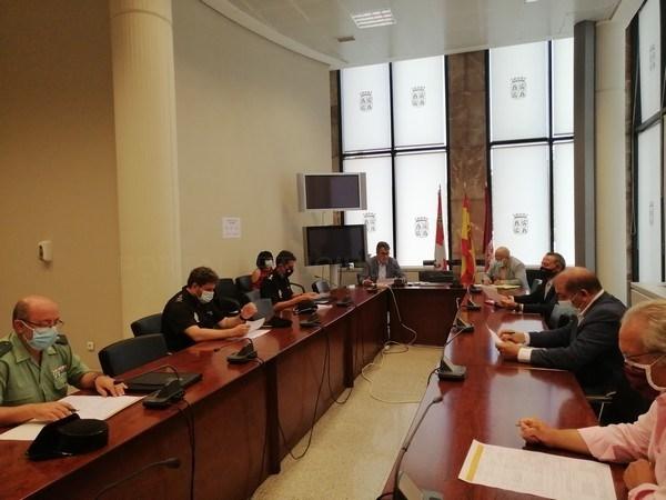 El CECOPI se reúne para abordar la contratación de mano de obra temporal para las actividades agrícolas en León