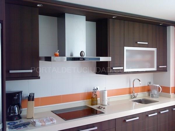 Muebles de cocina y armarios cocinas en villanueva de la for Empresas de cocinas