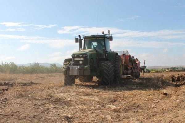 terraplenagem em portugal, arados em extremadura, arados na espanha, arados em portugal,