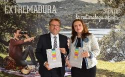 Víctor del Moral presenta el Anuario de Turismo, sector que generó unos ingresos directos para Extremadura de 413 millones de euros en 2014