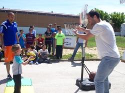 Calderón enseña a jugar a baloncesto a los alumnos del Colegio Ntra. Sra. de la Aurora de Aprosuba-9