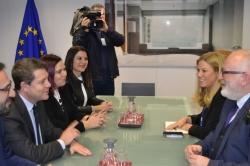 CASTILLA-LA MANCHA Y EXTREMADURA ABORDAN DE MANERA CONJUNTA EN BRUSELAS EL PROBLEMA DE LAS COMUNICACIONES FERROVIARIAS.