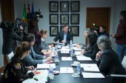 El Ejecutivo regional ha adoptado acuerdos como la contratación de la gestión de la Red de Centros de Servicios al Transporte de Extremadura,