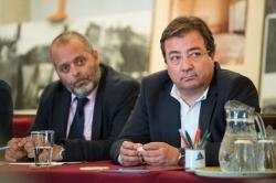 Fernández Vara apuesta por la formación y por dar facilidades a las empresas para abordar el futuro de la región.