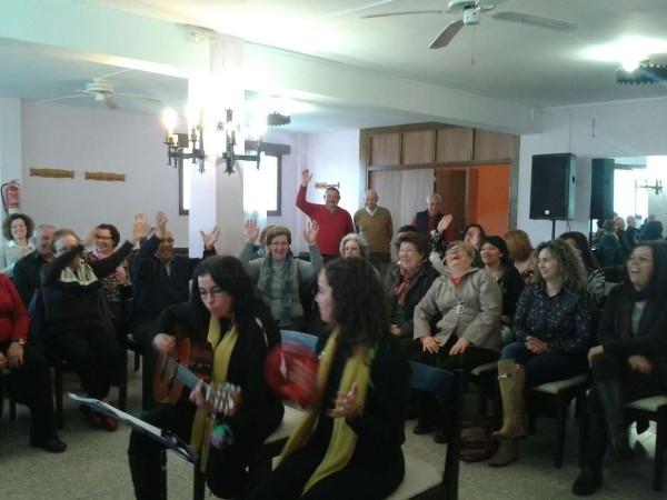 Unos 60 mayores participan en Villanueva de la Serena en un taller de musicoterapia