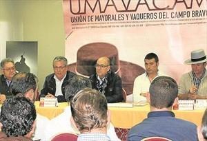 El diputado provincial del Patronato de Tauromaquia destacó en la asamblea anual del gremio el apoyo de la Diputación en sus reivindicaciones.
