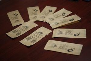 PROMEDIO reparte más de 17.000 bolsas para cáscaras de pipas durante la Semana Santa.