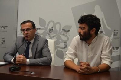 El Ayuntamiento concederá 30 becas de 1.000 euros cada una a alumnos universitarios o de ciclos formativos de grado superior.