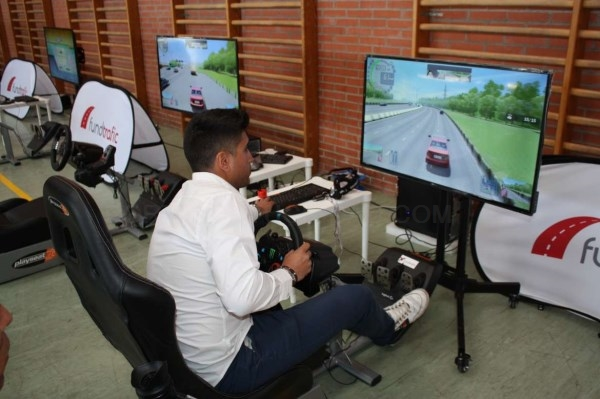 La Junta impulsa la concienciación para reducir los accidentes de tráfico 'in itinere'.