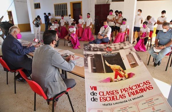 Cinco novilladas componen el VIII Ciclo de Clases Prácticas de Escuelas Taurinas de la Diputación de Badajoz