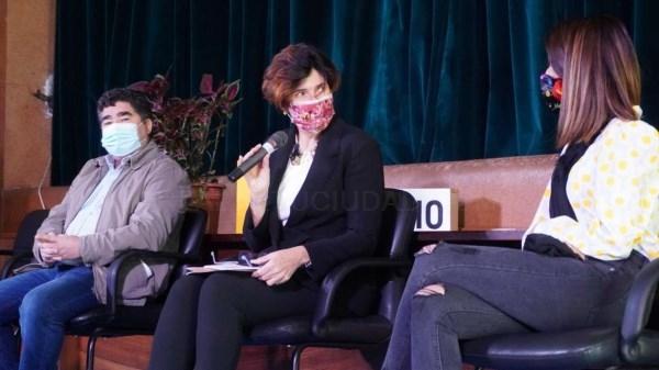 Nuria Flores destaca la capacidad del sector cultural para fijar población en el medio rural