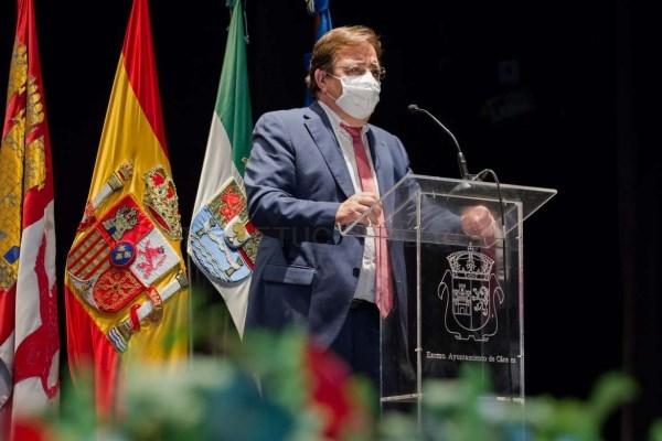 Fernández Vara aboga por trabajar desde la unidad y la concordia para combatir a la COVID-19
