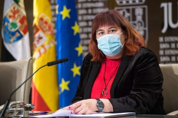 La Junta defiende el futuro del sector tabaquero contra la despoblación y pone en valor a Extremadura como principal productora europea