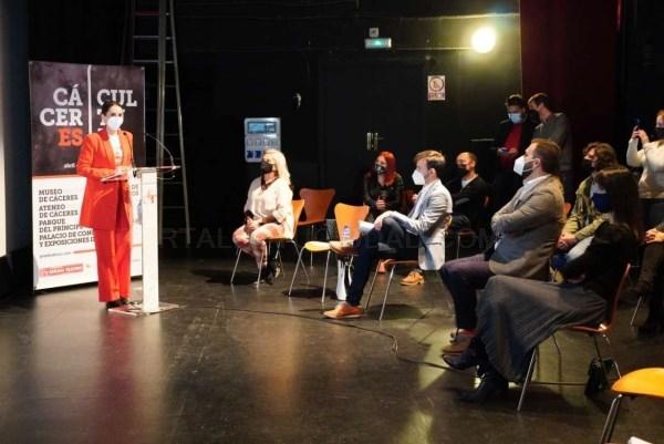 'CácerEs Cultura' ofrecerá 42 conciertos y espectáculos de abril a diciembre en la capital cacereña