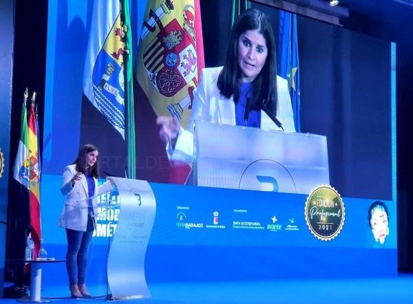 """Gil Rosiña resalta el acompañamiento """"sin complejo"""" de la Junta de Extremadura a los sectores de la moda, la belleza y la cosmética, liderados por muj"""