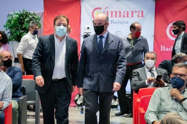 El presidente de la Junta defiende la mediación como el elemento de solución de conflictos