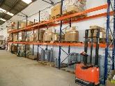 Stock maquinaria industrial y aires acondicionados