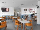 Ambiente acogedor, tapas, menu diario en bar cafeteria en el puerto de Ciutadella