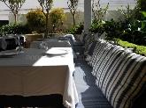 restaurante con patio mediterraneo