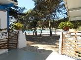 Bar cafeteria en playa Macarella, Chiringuito de playa en menorca